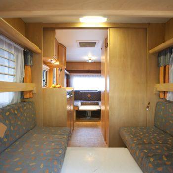 Caravan Booster - Interno